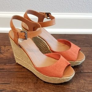 Dolce Vita platform wedge peach and nude sandals